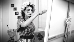 Milana Vayntrub - Les Bien Clowns