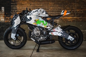 Ronin art motocycle