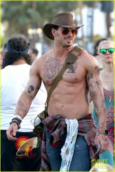 Image Result For Hawaiian Style