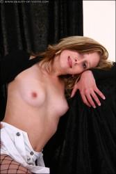 http://thumbnails116.imagebam.com/48087/41969d480866009.jpg