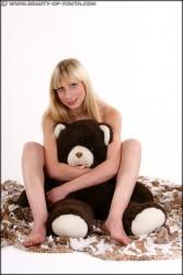 http://thumbnails116.imagebam.com/48158/a2ba75481571313.jpg