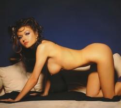 http://thumbnails116.imagebam.com/48353/e3c94f483527534.jpg
