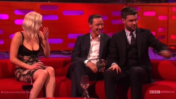 JENNIFER LAWRENCE - BOOBs - Graham Norton Show 05.19.16