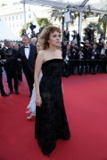 Valeria Golino, Vanessa Paradis - screening of 'The Last Face' at the 69th Cannes Film Festival 20.5.2016 x13