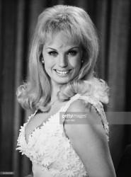 Barbara Valentin - celebforum - Bilder Videos Wallpaper