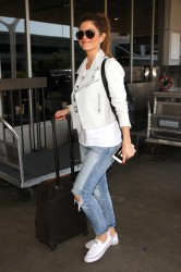 Maria Menounos in jeans at LAX x15