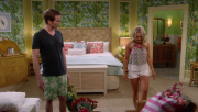 Emily Osment | Young & hungry S04E01