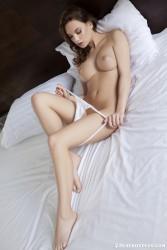 http://thumbnails116.imagebam.com/48883/7457a4488823521.jpg