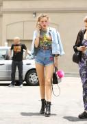 Bella Thorne por las calles de Los Angeles (15/6/16) B9d9ee490014249