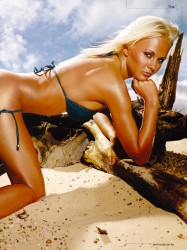 Tina Blondinas 4