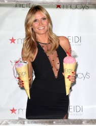Heidi Klum - Lingerie Ice Cream Truck And Shopping Party at Macy's In New York City (6/23/16) x18 UHQ