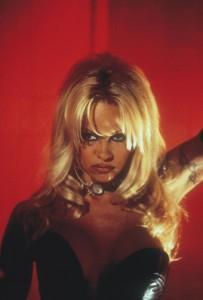 Не называй меня Малышкой / Barb Wire (Памела Андерсон, 1996)  099f2a492070239