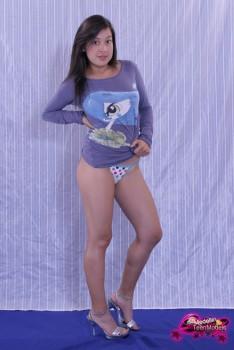http://thumbnails116.imagebam.com/49250/013a34492492888.jpg