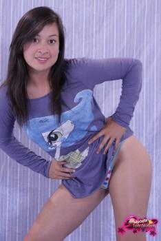 http://thumbnails116.imagebam.com/49250/61b854492492737.jpg