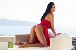 http://thumbnails116.imagebam.com/49320/c72e86493198819.jpg