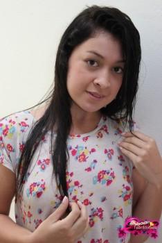 http://thumbnails116.imagebam.com/49385/b3031a493849804.jpg
