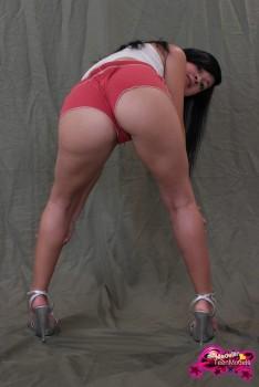 http://thumbnails116.imagebam.com/49457/bb71b8494560991.jpg