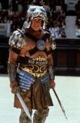 Гладиатор / Gladiator (Рассел Кроу, Хоакин Феникс, Джимон Хонсу, 2000) E2efa8495131195