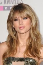 Taylor Swift - 2013 American Music Awards x110