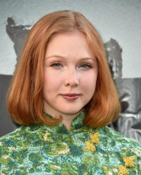 Molly Quinn - Lights Out Premiere 7/19/16