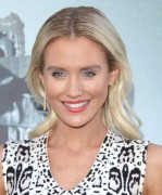 Nicky Whelan -                   ''Lights Out'' Premiere Los Angeles July 19th 2016.