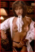 Carrie Dobro Nude