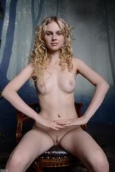 http://thumbnails116.imagebam.com/49872/842df6498715670.jpg