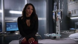 """Candice Patton & Danielle Panabaker """"The 20"""