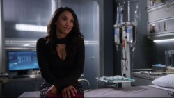 """Candice Patton & Danielle Panabaker """"The 21"""