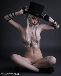 http://thumbnails116.imagebam.com/50174/2089e7501735548.jpg