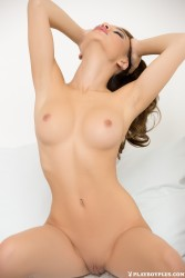http://thumbnails116.imagebam.com/50295/61d348502947146.jpg