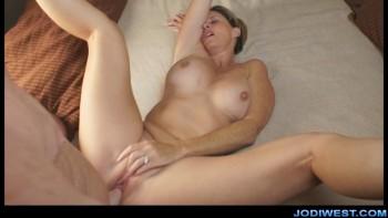 http://thumbnails116.imagebam.com/50481/31fe6d504804128.jpg