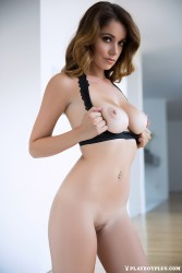 http://thumbnails116.imagebam.com/50518/2ee887505173696.jpg