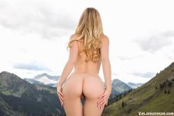 http://thumbnails116.imagebam.com/50654/05bf91506533459.jpg