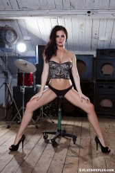 http://thumbnails116.imagebam.com/50654/8d4b6a506533098.jpg