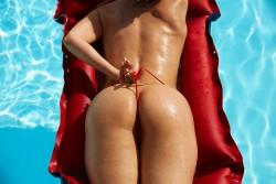 http://thumbnails116.imagebam.com/50791/2b7222507909556.jpg