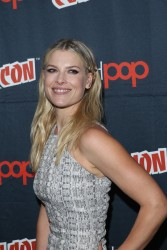 Ali Larter - 'Resident Evil: The Final Chapter' Panel at New York Comic-Con 10/7/16