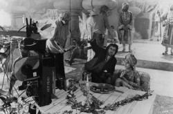 Индиана Джонс и храм судьбы / Indiana Jones and the Temple of Doom (Харрисон Форд, Кейт Кэпшоу, 1984) E8c089509894385