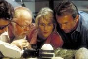 Парк Юрского периода / Jurassic Park (Сэм Нил, Джефф Голдблюм, Лора Дерн, 1993)  4f2ef1510425654