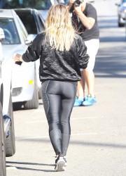 Hilary Duff Out in L.A. - 10/25/16
