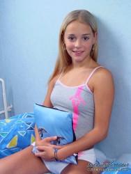 [Young Berlin Models] Jacqueline Model Set 15 • NoNude