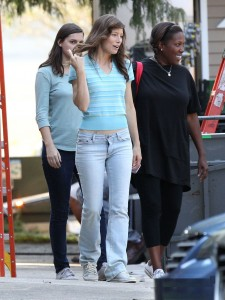 Jessica Biel In Skin-Tight Jeans Nov 4 2016 *Adds *** shots