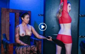 Angel Smalls, Dana Vespoli (Angel Smalls fucked and fisted by dominatrix / 11.11.2016) 1080p