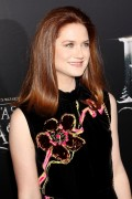Bonnie Wright -             ''Fantastic Beasts and Where To Find Them'' Premiere New York City November 11th 2016.