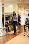 Garcelle Beauvais goes shopping in Beverly 5