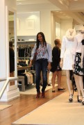 Garcelle Beauvais goes shopping in Beverly 7