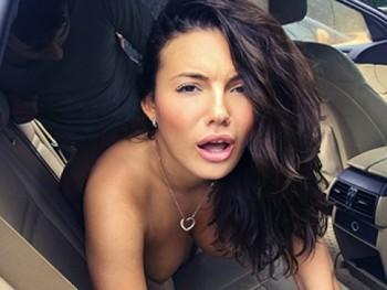 Vanessa Decker (XXX Female Cab Driver / 17.11.2016) 1080p