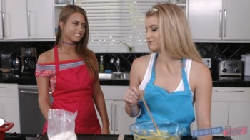 Arya Faye And Jill Kassidy (Cooking up a storm for our dads) (2016) 1080p