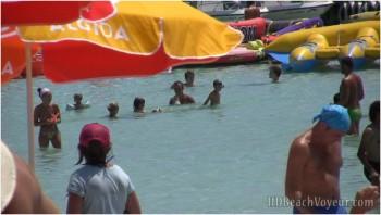 HD Beach Voyeur 18