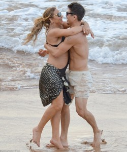 Mariah Carey - Frolicks On A Beach With New 33-Year Old Guy (11/30/16) Tagged
